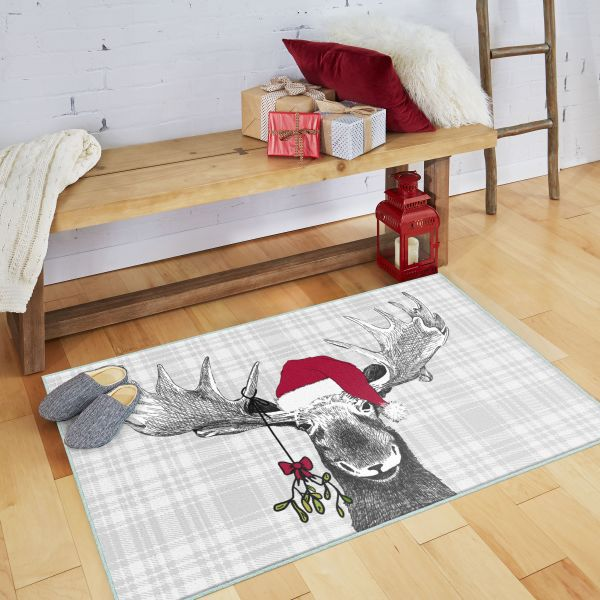 Prismatic Collection Holiday Moose rug